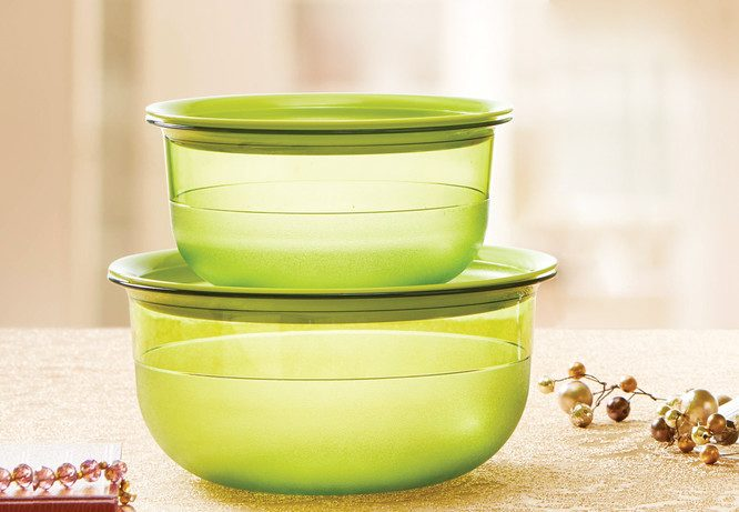 Tupperware Table Collection Set
